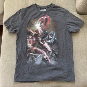 OLD NAVY MARVEL CAPTAIN AMERICA IRON MAN T SHIRT